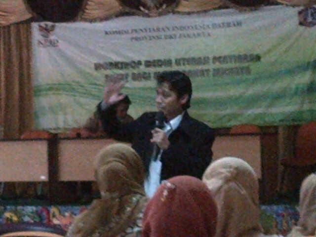 Pembicara pada cara Workshop Komisi Penyiaran Indonesia Daerah DKI Jakarta di Puncak Bogor
